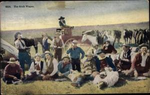 Ak The Grub Wagon, Männer bei der Rast, Cowboys, Pferde