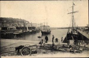 Ak Honfleur Calvados, Hafenpartie, Le Port