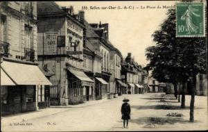 Ak Selles sur Cher Loir et Cher, La Place du Marché, Hotel