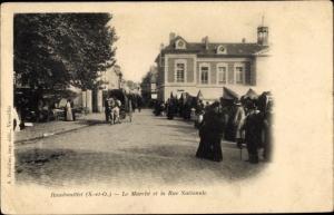 Ak Rambouillet Yvelines, Le Marche et la Rue Nationale