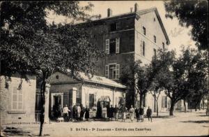 Ak Batna Algerien, 3e Zouaves, Entrée des Casernes