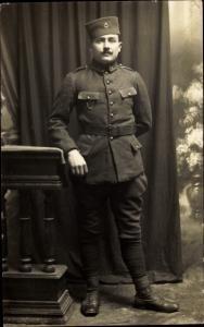 Foto Ak Französischer Kolonialsoldat in Uniform