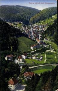 Ak Triberg im Schwarzwald, Ort aus der Vogelschau