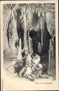 Ak Grüne Iserlohn im Märkischen Kreis, Dechenhöhle, Alhambra Säulenhalle, Zwerge
