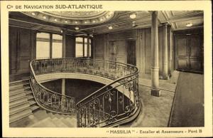 Ak Dampfer Massilia, Compagnie de Navigation Sud-Atlantique, Pont B, Escalier, Ascenseurs