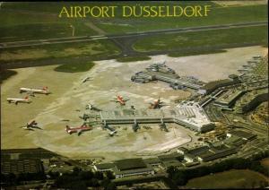 Ak Düsseldorf am Rhein, Flughafen, Fliegeraufnahme