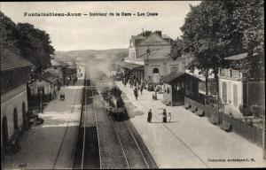 Ak Fontainebleau Seine et Marne, La Gare, Vue interieur