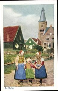 Künstler Ak Marken Nordholland, Op Marken, Kinder, Trachten