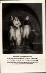 Künstler Ak Potsdam Brandenburg, Garnisonkirche, Gruft Friedrich Wilhelm I. und Friedrich d. Großen