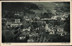 Ak Świeradów Zdrój Bad Flinsberg Schlesien, Panorama, am Kurplatz