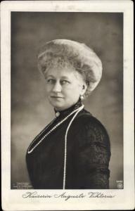 Ak Kaiserin Auguste Viktoria, Portrait, Perlenkette, NPG 4096
