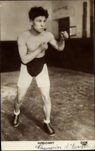 Ak Boxer Mascart, Champion d'Europe, Portrait