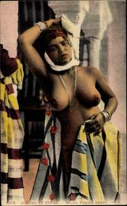 Ak Scenes et Types, Jeune Femme Arabe, Araberin, Busen, Maghreb