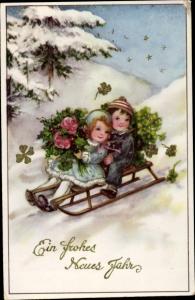 Ak Glückwunsch Neujahr, Junge, Mädchen, Schlitten, Kleeblätter