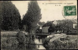 Ak La Ferté Gaucher Seine et Marne, la Passerelle, pont