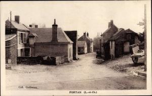 Ak Fortan Loir et Cher, Straßenpartie, Häuser