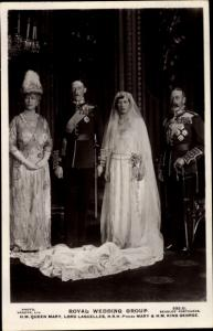 Ak Royal Wedding, Queen Mary, Lord Lascelles, Princess Mary, König Georg V. England, King George V.