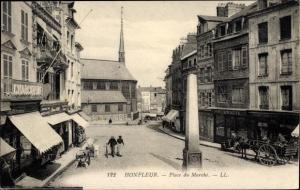 Ak Honfleur Calvados, Place du Marche