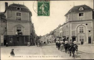 Ak Commercy Lothringen Meuse, La Rue Carnot et la Place du Fer a Cheval