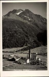 Ak Pettneu am Arlberg in Tirol, Kirche, Panorama