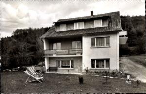 Ak Bad Orb in Hessen, Haus Schmitt Außenansicht, Liegestühle