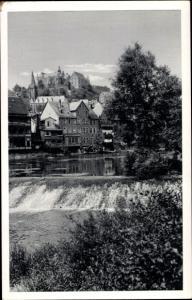 Ak Marburg an der Lahn, Wehr, Lahnansicht mit Schloss