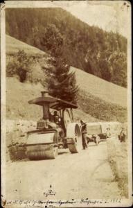 Foto Ak Planierraupe auf einer Landstraße in Böhmen 1912