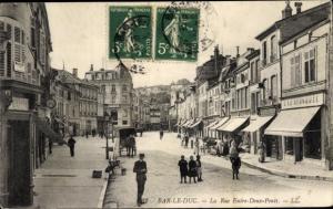 Ak Bar Le Duc Meuse, La Rue Entre Deux Ponts, Kutsche