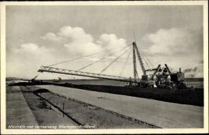 Ak Wieringen Hollands Kroon Nordholland Niederlande, Verkehrsweg, Lastenfließband, Kräne