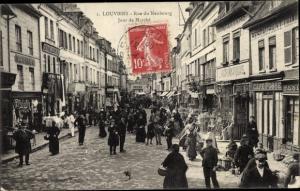 Ak Louviers Eure, Rue du Neubourg, Jour de Marché, foule de visiteurs