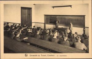 Ak Charleroi Wallonien Hennegau, Universite du Travail, Un Amphitheatre, Schüler im Hörsaal
