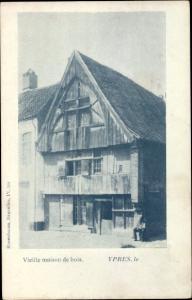 Ak Ypres Westflandern, Vielle maison de bois, Alte Holzwohnung