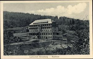 Ak Stromberg im Hunsrück, Das Kurhaus am Waldrand, Gesamtansicht