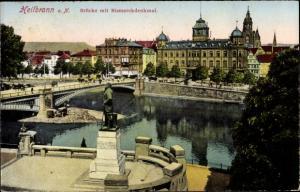 Ak Heilbronn am Neckar, Brücke mit Bismarckdenkmal, Uferpanorama, Häuserfassaden