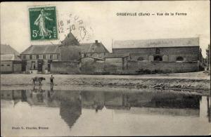 Ak Orgeville en Vexin Eure, vue de la Ferme, homme avec vache au bord de l'étang