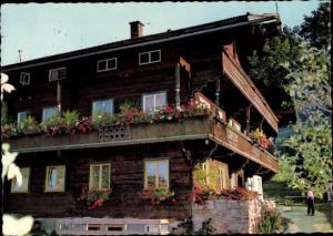 Ak Wildschönau Tirol, Jugendheim Baumgarten, Außenansicht, Balkons