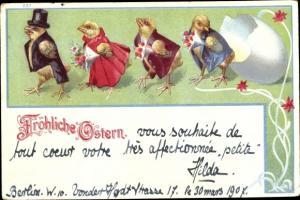 Litho Glückwunsch Ostern, Küken als Feiergesellschaft, Blumen, Schlüpfen aus Osterei