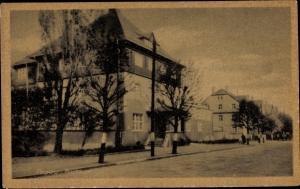 Ak Pegau in Sachsen, Straßenpartie im Ort, Blick auf das Postamt