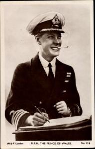 Ak Prince of Wales, Edward VIII, Portrait, Zigarette