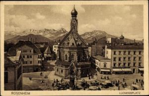 Ak Rosenheim Oberbayern, Ludwigsplatz, Kirche, Marktstände, Zigarrenhaus Weltlaufer, Bergpanorama