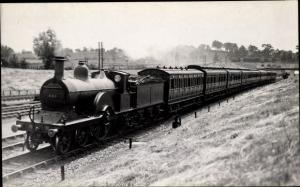 Foto Ak Britische Eisenbahn, 661, D490, Davon Bradford express leaving Clostree tunnel