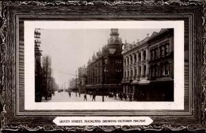 Ak Auckland Neuseeland, Queen Street, showing Victoria Arcade