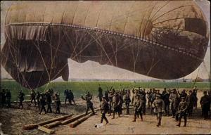 Ak Vor dem Aufstieg eines Fesselballons, Beobachterballon, Drachenballon, I. WK