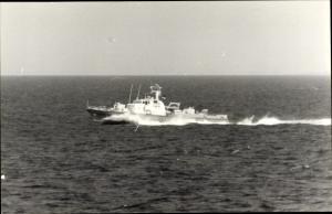 Foto Ak Schnellboot Rosenheim, BG 18, Küstenwache