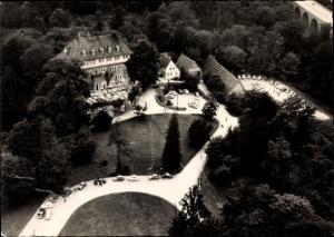 Ak Steinbergen Rinteln in Niedersachsen, Hotel Schloss Arensburg, Fliegeraufnahme