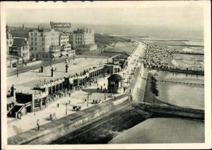 Ak Insel Borkum Ostfriesland, Fliegeraufnahme von Dippmanns Strandhotel, Promenade, Meer