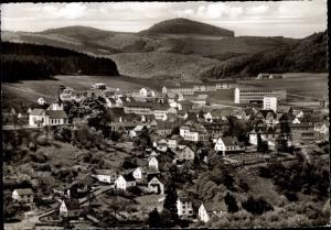 Ak Daun in der Eifel Rheinland Pfalz, Panorama, Blick auf das Gymnasium und Burgkirche