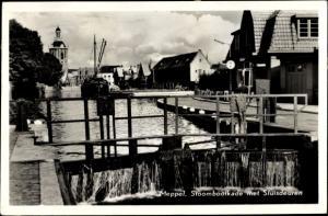 Ak Meppel Drenthe Niederlande, Stoombootkade met Sluisdeuren