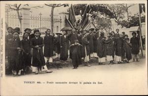 Ak Tonkin Vietnam, Foule annamite devant le palais du Rois