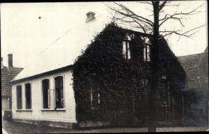 Foto Ak Kappeln an der Schlei, Wohnhaus, begrünte Fassade
